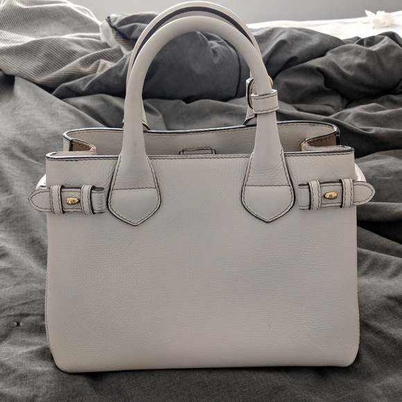 Burberry Handbags - Burberry Banner Small leather & house check Ivory